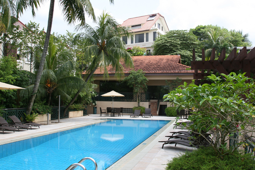 The communal pool at 39 Chancery Lane, Singapore